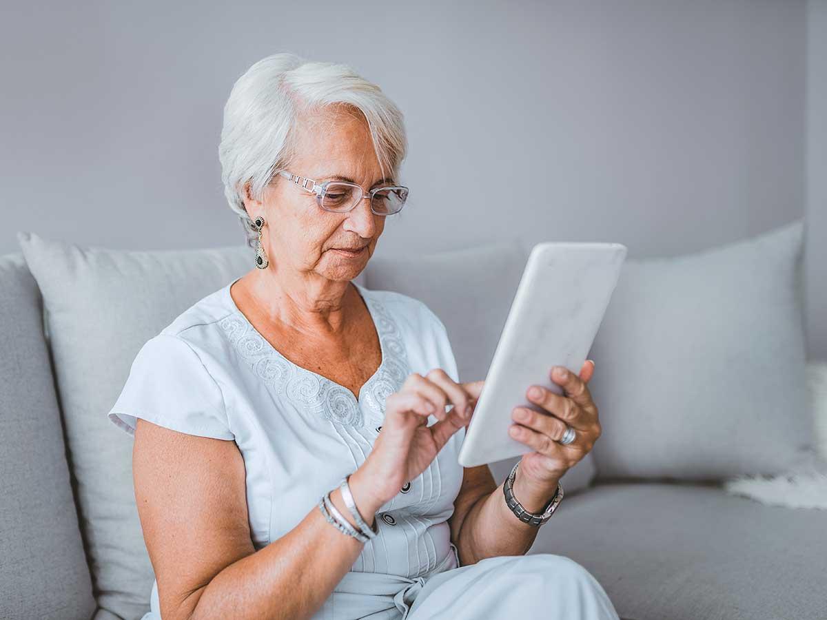 rencontres en ligne escroqueries seniors